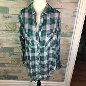 NWT The Laundry Room plaid shirt size S